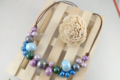 Collar Bolas Ceramicas Tono Pastel